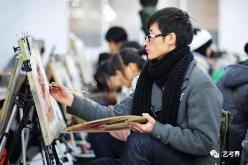 今年高考变化大,艺术类本科文化...