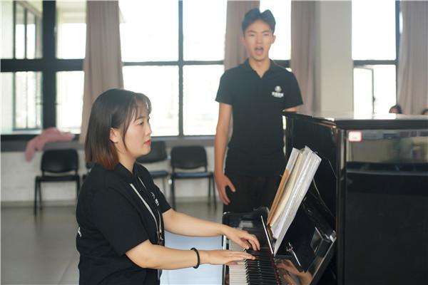 学音乐需要具备哪些条件?哪家培...
