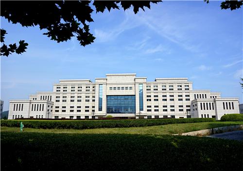 天籁艺术学校