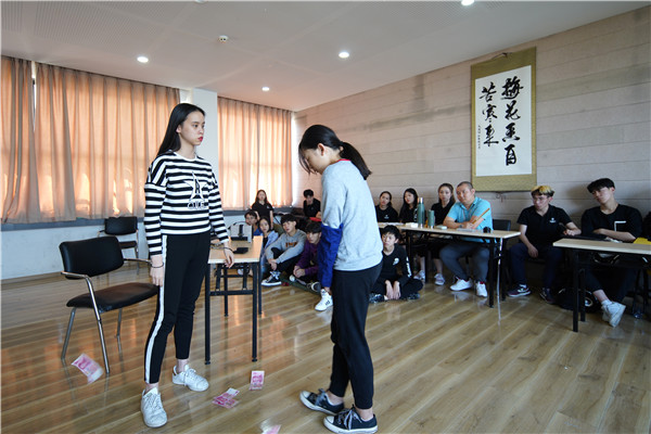 重庆考生,如何选择表演培训学校
